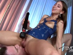 riley reid squirting in slave's mounth