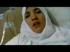 Wonderful Egyptian arabic hijab girl fucked in hospital –