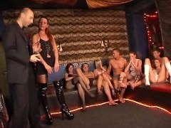Popp Oder Hopp 17 – german swinger party