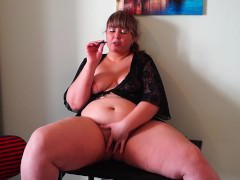 pretty fatty, smokes and masturbates. orgasm