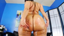 Chyna Red's big ass (music clip)
