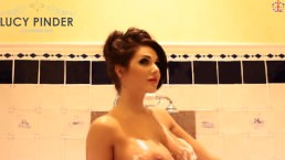 Lucy Pinder – Taking a Bath