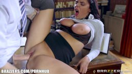Brazzers – Sexy School girl Emma Leigh gets fucked